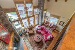 *Flexible Cancellation Policy* Elegant Black Eagle Town Home with Amazing Mountain Views!