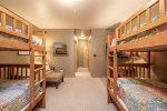 Bunk Room- 1 Twin/Twin & 1 Full/Full Bunk Bed & Flatscreen TV