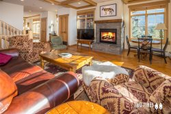 NEW | Cozy Meadow Townhome | Private Hot Tub & Mountain Views