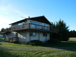Great Family Vacation Home in Sequim within walking distance to beach