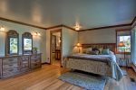 Master suite with King bed and en-suite bath and water view