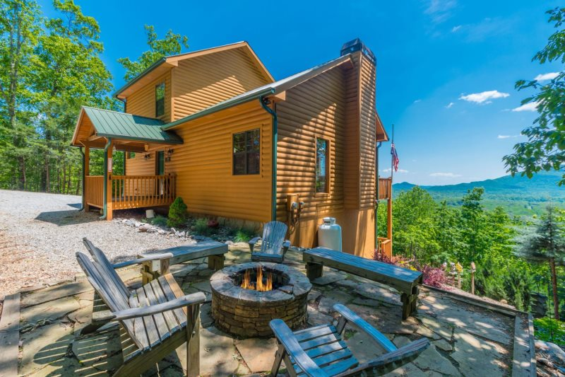 Awesome Deluxe Log Cabin 3Br 3Ba Amazing View Of Mt Yonah 6 Download Free Architecture Designs Viewormadebymaigaardcom