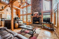 Secluded Cabin | 2BR 3 BA | Cedar Sauna | Hot Tub | Seasonal Mtn Views | 7 Miles from Helen, Ga