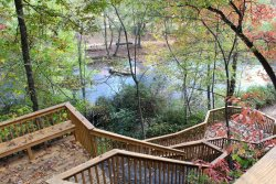 River Front Large Cabin | Large Decks | River Access | Hot Tub & Game Room | Pet Friendly