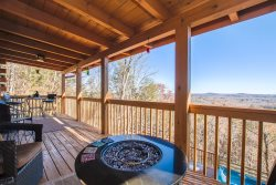 BRAND NEW | UPSCALE CABIN | YEAR-ROUND MOUNTAIN VIEW | AMENITIES GALORE | PERFECT FOR FAMILIES