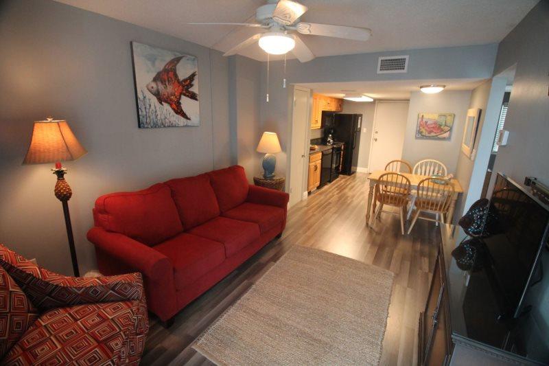 Alabama Sands Vacation Rentals   Gulf Shores Surf U0026 Racquet 2 Bedroom Condo