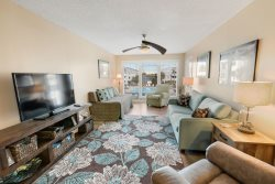 Sea Oats! Great 2 Bedroom condo with the best of both worlds!