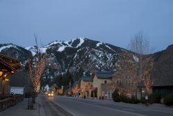 #163 The Best Location in the Ketchum;;;; Walk to Lifts and Town