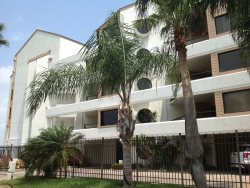 Bayfront condo complex with bay views. Sleeps 8, 3 bedrooms, ( king, queen, 2 fulls ) , 2 bathrooms. No pets allowed. Shared pool,jacuzzi, boat docks, fishing pier, ,  CITY PERMIT # 2015-848982 NO SPRING BREAKERS