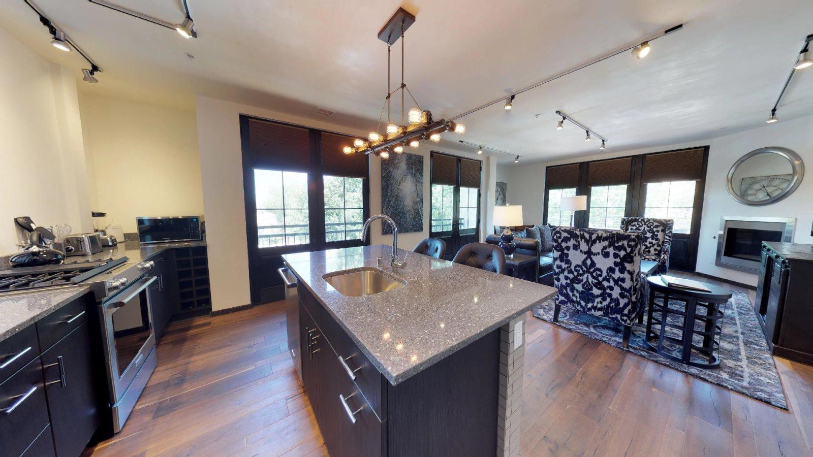 AdobeStar Properties | Lincoln Residences | Santa Fe | Luxury ... on