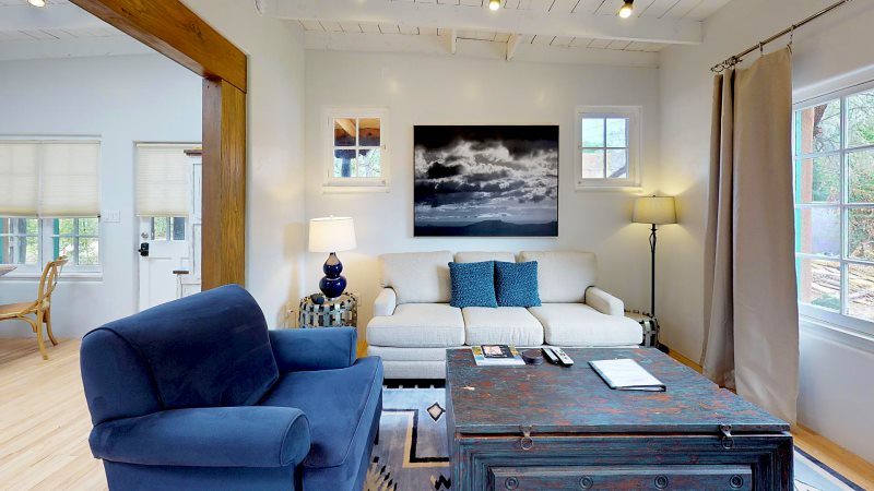 Santa Fe Luxury Vacation Rental One Bedroom One Bath Comfy