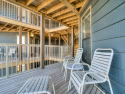Cozy, Comfortable Condo, Economical Rate, Beachside
