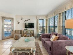 Family Fun Begins Here, Comfortable, Top Floor, Beachfront, Great View