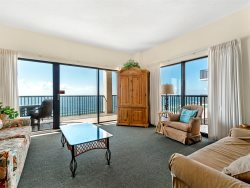 Beautiful Beachfront Views ~ 9th Floor Corner Balcony ~ Family Oriented