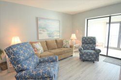 Family Fun ~ Great Views ~ Recently Updated ~ Beachfront Condo