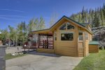 Gorgeous cabin with parking on site for 2 vehicles