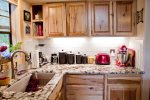 Large Kitchen with Ample Counter Space