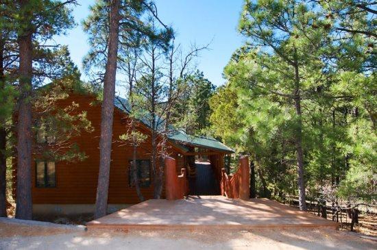 Cozy cabins ruidoso vacation rentals cozy cabins ruidoso for 6 bedroom cabins in ruidoso nm