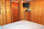 Little Bear Cabin - Cozy Cabins Real Estate LLC