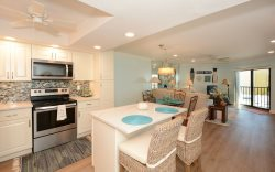 409 - El Presidente Condo on Siesta Key