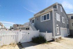 $3100/week Beachside Custom Home with parking, Ocean view & more