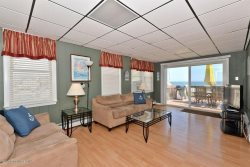 $2700/week Phenomenal opportunity for Oceanfront at a bargain price!