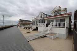 $8000/week Breathtaking Boardwalk Front Home 4 Bedroom 3 Bath Parking