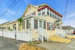 $1760/week 1st Floor Beachside rental, 2BRs Pet Friendly 1 car parking