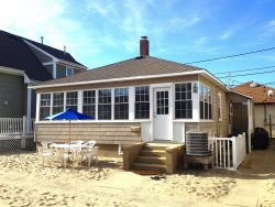 $2700/week Set In The Sand! Open Floor-Plan In This Renovated and Popular Beach House