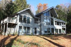 Breathtaking Home on Lake Sunapee
