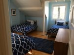 Blue robin room with 2 twins and a full bed