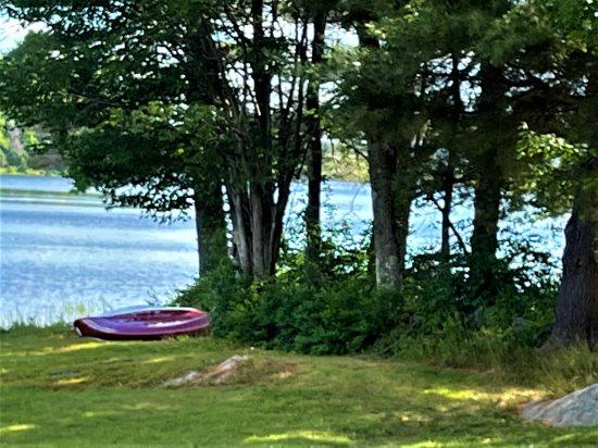 #801 - Idyllic Four Season Lakeside Hideaway