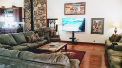 Judy's Brookside Mountain Manor Sleeps 26