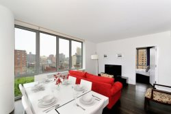 Luxury & Spacious 2 BR/2 BA Condo Steps from Central Park
