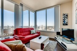 Huge 3 Bedroom // Luxury East Village Rental