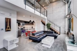 Modern & Sleek Studio Loft