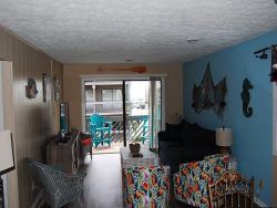 Shipwatch J-232 (upgraded 2 Bdrm/2 Bath) 2nd Floor End Unit, Oceanview ***