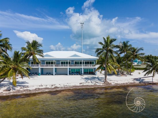 Wondrous Coastal Vacation Rentals Of The Florida Keys Interior Design Ideas Ghosoteloinfo