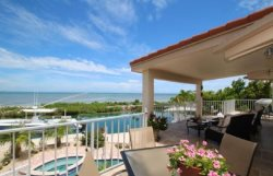 Oceanfront Jewel 3 Bed 2 Bath pool, deep water dockage for up to 35 ft boat.