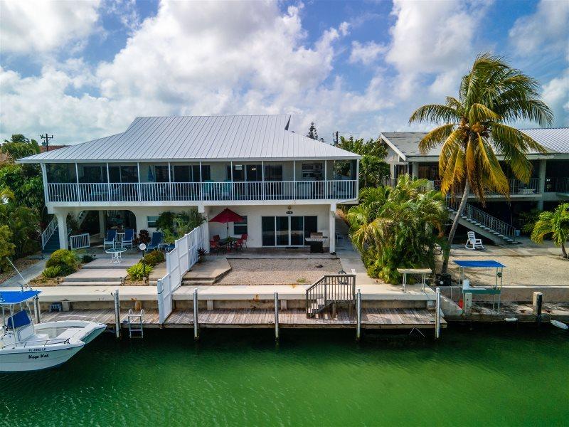 Vacation Rentals Florida Keys / Key Colony Rentals / 3 bedroom