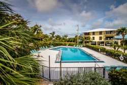 Rx: Paradise 2bed/2.5bath open water view condo with shared pool & first come dockage