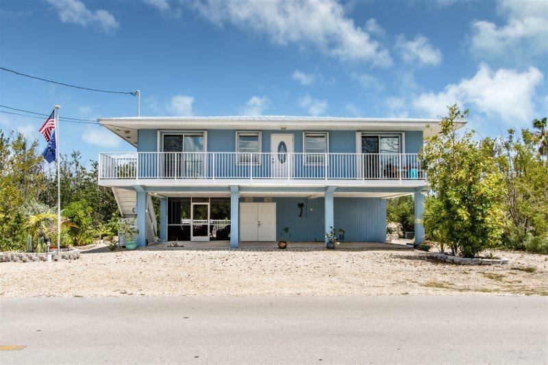 Vacation Rentals Florida Keys / Marathon Vacation Rentals ... on mill creek floor plans, community architecture, community bathroom floor plans,
