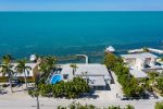 Caribbean Sunset 3bed/3bath on open water w/private pool & dockage