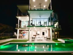 A Coastal Getaway the most beautiful modern house in Key Largo!!!