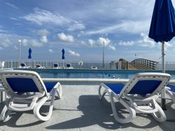 Clara's Ocean Gem Condo 2bed 2bath third floor with elevator, pool & ocean views!