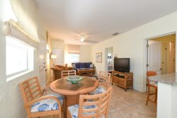 Grande Flats #1 - Two Bedroom Ground Level Flat in the Heart of Boca Grande