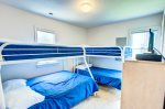 Mid_Level_Bunk_Bed_Room
