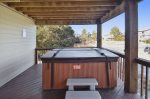 TheSandPiperNagsHeadNCPrint_Middle LevelHot Tub