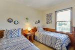ToadHallCorollaNCPrint_Middle LevelBedroom_6
