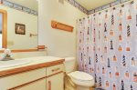 WaddleInnDuckNCPrint_Middle LevelBath_3